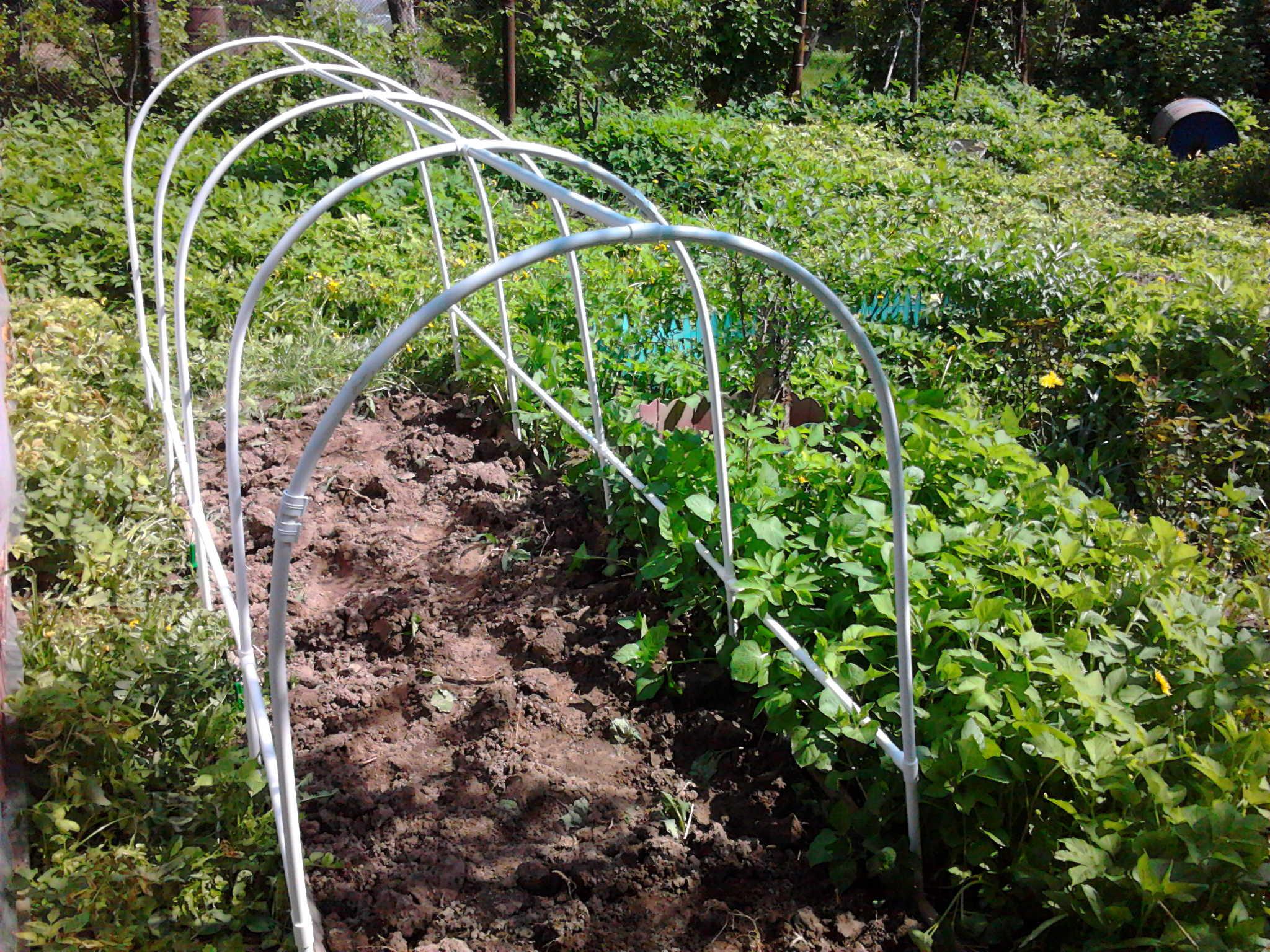 Для растений из пластиковых труб своими руками