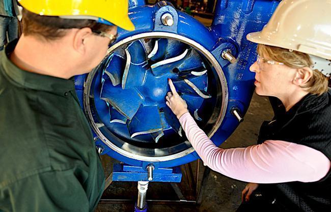 Форма рабочего колеса насосов, которые используются для перекачки гидросмесей с твердыми включениями