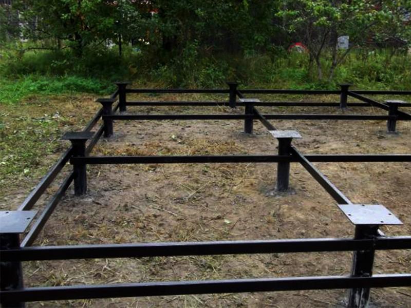 Винтовые сваи для постройки на торфяном грунте