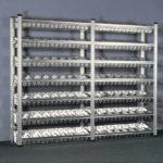 Готовый металлический шкаф с контейнерами