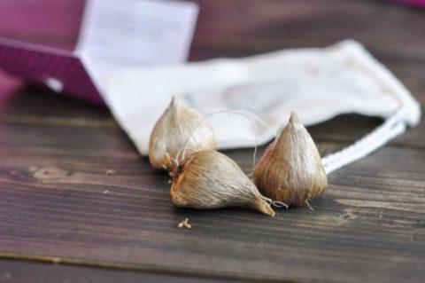 Количество растений подбирается по размеру луковиц – им должно быть достаточно свободно